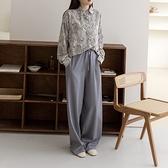 Queen Shop【04030289】腰部抽繩設計西裝落地寬褲 兩色售 S/M*現+預*