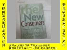 二手書博民逛書店The罕見New Consumers: The Influence Of Affluence On The Env
