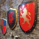 [協貿國際]   盾牌挂件仿古創意裝飾壁掛牆面裝飾品  (1入)