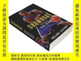 二手書博民逛書店科比布萊恩特的人生罕見英文原版 Showboat:The Life of Kobe Bryant Roland L