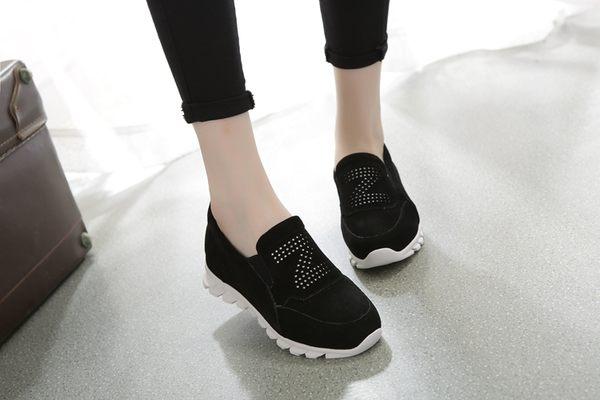 卡樂store...真皮休閒運動鞋 透氣防滑懶人套腳學生板鞋 2色 35-39 #yc5008