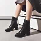 快速出貨 短靴高跟鞋潮時裝靴女鞋時裝靴短筒前繫帶尖頭橡膠高跟馬丁靴【 【全館免運】】