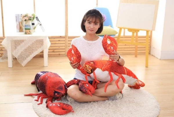 【90公分】大龍蝦抱枕 海中生物 仿真玩偶 絨毛娃娃 生日禮物 餐廳擺設裝飾布置 聖誕節交換禮物