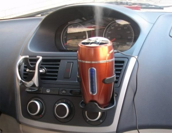 【Love Shop】送杯架 杯子車用USB加濕器/迷你可攜式霧化/靜音汽車載空氣凈化器/薰香機
