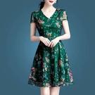 綠色洋裝女短袖2021新款春季修身收腰小個子網紗短裙夏天女 快速出貨