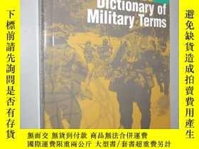二手書博民逛書店Dictionary罕見of Military Terms (3