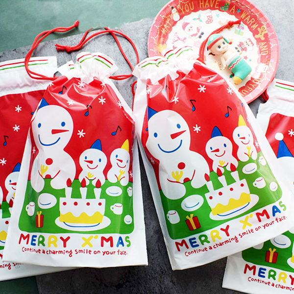 【BlueCat】三個雪人吃蛋糕聖袋誕束口包裝袋 禮品袋 禮物袋 (1入)