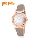 優雅又搶眼的玫瑰金圓形錶殼,線條流暢而俐落,搭配珍珠母貝富有光澤感的錶盤,打造出活力明亮的自信氛圍。