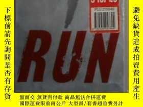 二手書博民逛書店英文原版罕見Run by JEFF ABBOTT 著Y14063