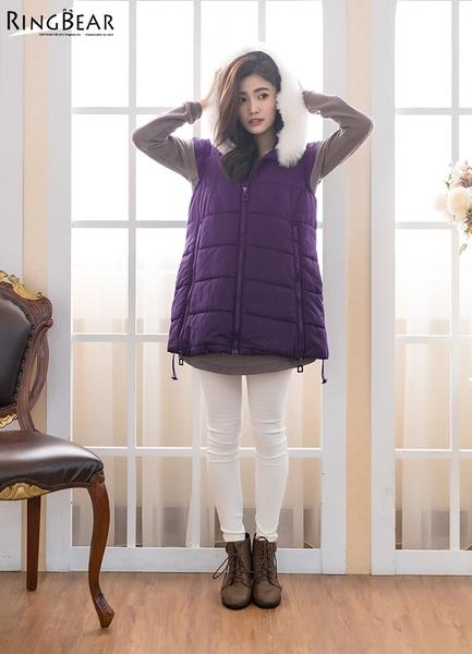 保暖--可愛逗趣暖感可拆式毛球連帽雙隱形口袋毛圈領鋪棉背心(黑.紫XL-5L)-J312眼圈熊中大尺碼◎