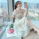 VK精品服飾 韓國風收腰碎花復古方領兩穿一字領長裙短袖洋裝
