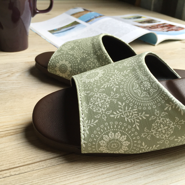 台灣製造-經典系列-室內拖鞋-橡膠鞋底皮拖 - 光年-綠