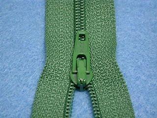 14英吋一般拉鍊 一般-(淺橄欖綠色)
