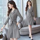 VK精品服飾 韓系顯瘦名媛氣質收腰襯衫格子大擺長袖洋裝