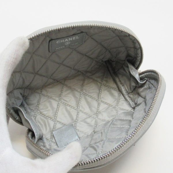 CHANEL 香奈兒 銀色菱格紋羊皮2.55銀釦化妝包  【二手名牌BRAND OFF】