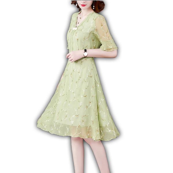 祺盤釦蕾絲刺繡洋裝 M-2XL【273641W】【現+預】-流行前線-