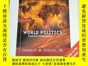二手書博民逛書店World罕見Politics: Trend and Transformation(英文原版 12版)世界政治:趨