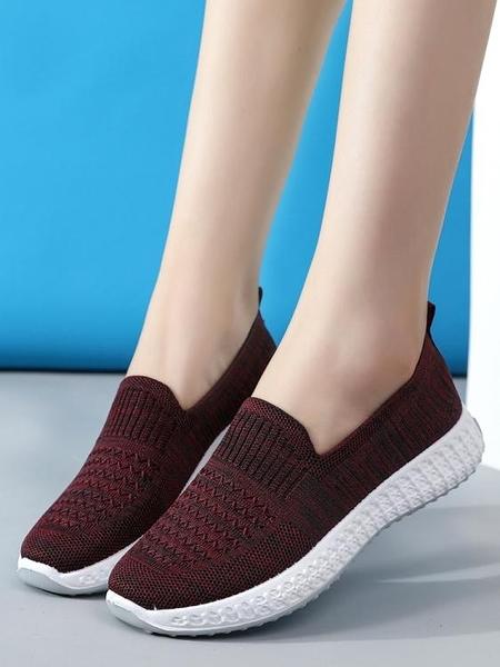 新款老北京布鞋女軟底防滑媽媽鞋中老年一腳蹬運動休閒女鞋健步鞋 童趣屋