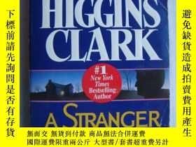 二手書博民逛書店A罕見Stranger is Watching 英文原版Y146