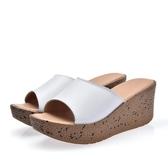 休閒厚底拖鞋2018夏季新款真皮媽媽鞋高跟厚底坡跟涼拖鞋女鞋中老年室外穿時尚