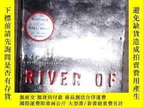 二手書博民逛書店英文原版罕見River of Darkness by Renni