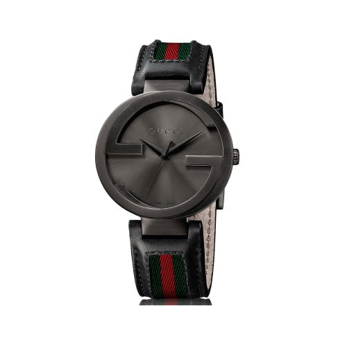 GUCCI Interlocking-G 雙G低調時尚皮帶腕錶(黑/32mm/133206)