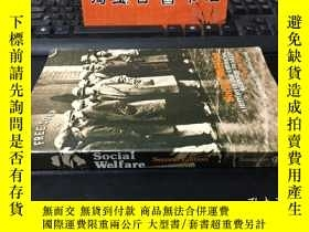 二手書博民逛書店Social罕見Welfare: A History Of Th