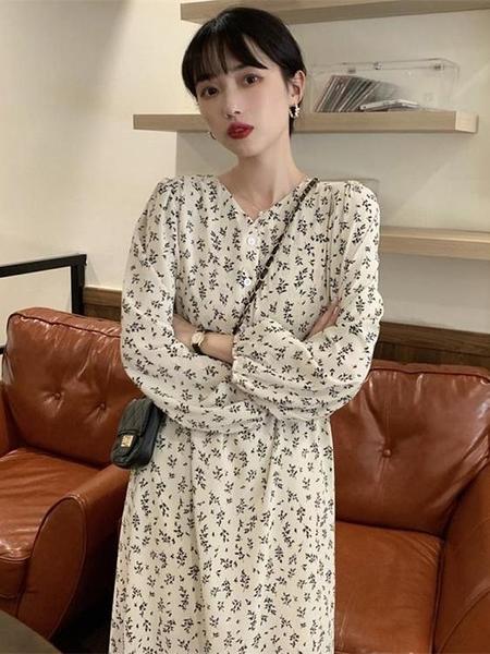 長袖洋裝 早秋季2021新款韓版復古V領寬鬆顯瘦裙子碎花長袖法式連身裙女潮 韓國時尚週