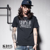 【BTIS】復古車牌 圓領T-shirt / 黑色