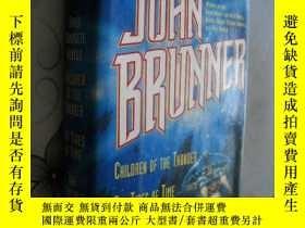 二手書博民逛書店Three罕見Complete Novels: Children