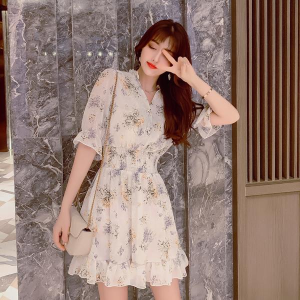 超殺29折 韓國風氣質V領碎花收腰顯瘦喇叭袖短袖洋裝