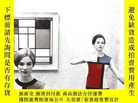 二手書博民逛書店The罕見Afterlife of Piet Mondrian1