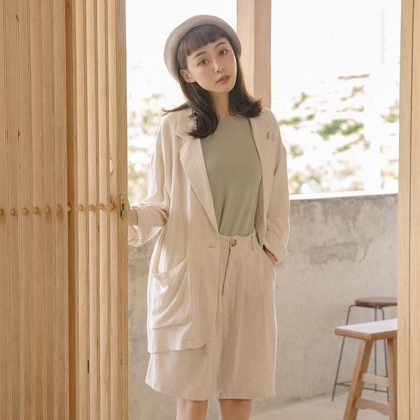 Queen Shop【02030403】西裝版型雙口袋棉麻外套*現+預*
