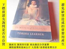 二手書博民逛書店THE罕見WITCH OF COLOGNE 科隆女巫(平裝厚冊