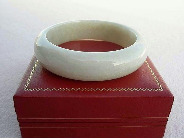 【歡喜心珠寶】【天然緬甸玉冰種QQ糯米黃手鐲】玉鐲圍19圍.A貨附「保証書」和「寶石鑑定書」