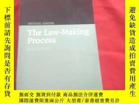 二手書博民逛書店The罕見Law-Making Process 【six edi