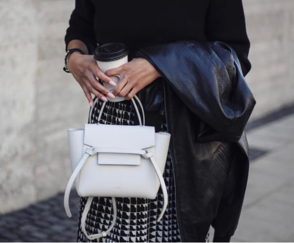 專櫃78折■2019秋冬 Celine 珠地小牛皮袖珍型NANO BELT手袋包 白色