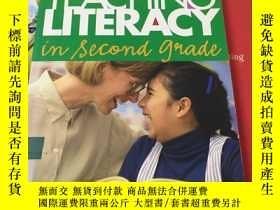 二手書博民逛書店TEACHING罕見LITERACY IN SECOND GRA