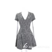 Michael Kors 黑x白色V領短袖洋裝 1710521-37