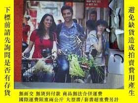 二手書博民逛書店FEEDING罕見THE DRAGON A CULINARY TRAVELOGUE THROUGH CHINA W