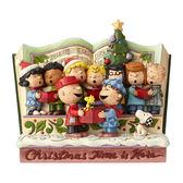 《Enesco精品雕塑》SNOOPY與好朋友歌詠聖誕故事書塑像-Spreading Joy(Peanuts by Jim Shore)_EN96143