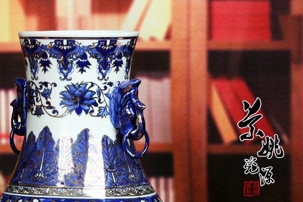 景德鎮陶瓷器花瓶 仿古手繪描金青花瓷雙耳象頭尊