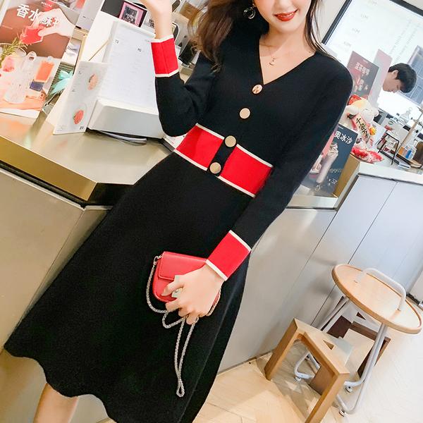 VK旗艦店 韓系V領紐扣拼色針織氣質修身時尚長袖洋裝
