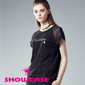 【SHOWCASE】透紗袖拼接寬版剪裁LOGO燙鑽棉質T恤(黑)