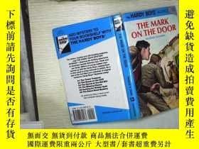 二手書博民逛書店The罕見Mark on the Door (01)Y18089
