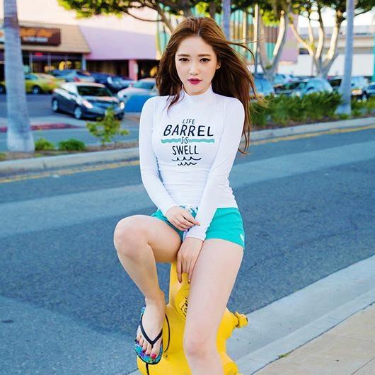 喬依JE 潛水兩件式長袖衝浪白色瑜珈小短褲  泳裝溫泉泳衣比基尼 【566A】