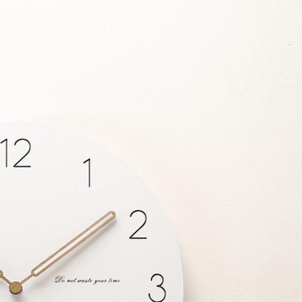 現代簡約鐘錶創意藝術掛鐘靜音客廳個性北歐美式木質家用時鐘掛錶【新店開張8折促銷】