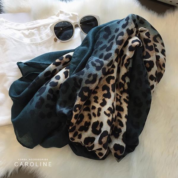 《Caroline》★ 本年度新款秋冬百搭仿羊絨披肩  質地細膩舒適柔軟兩用圍巾71736