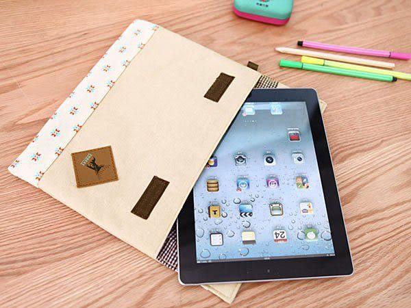 森林系女孩 簡約拼布iPad包 多功能收納包 皮質LOGO 水玉點點 小花 《Life Beauty》
