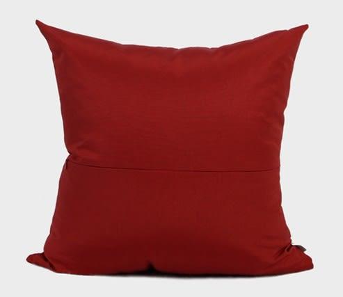 [協貿國際]新中式/樣板房家居軟裝/沙發床頭靠包抱枕/深紅色不對稱拼接方枕